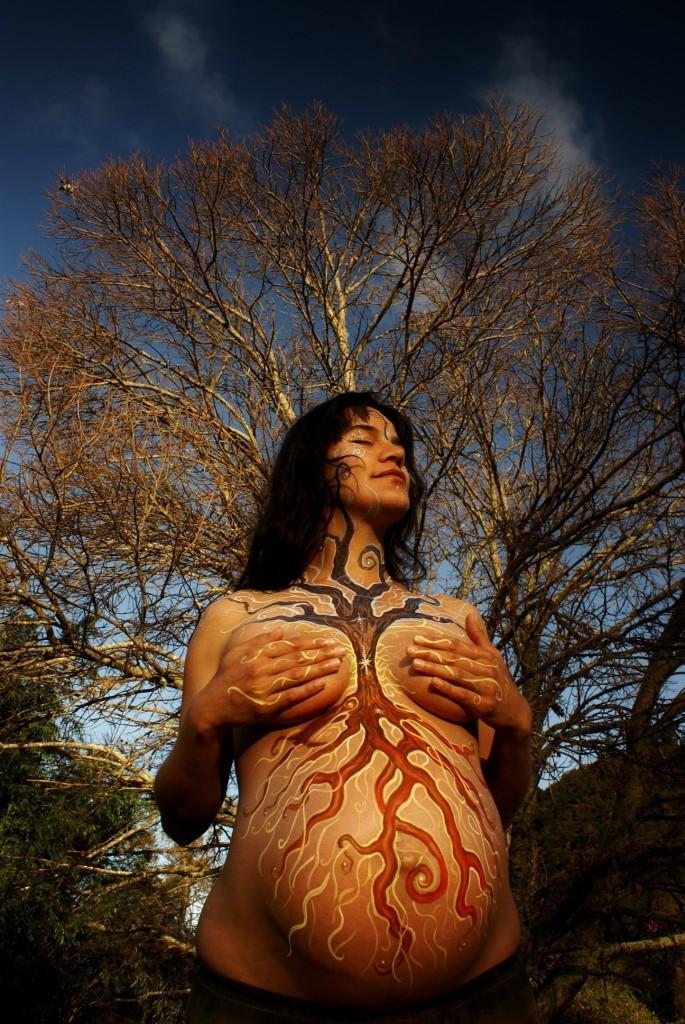WEB_BOHYNE_žena ako strom